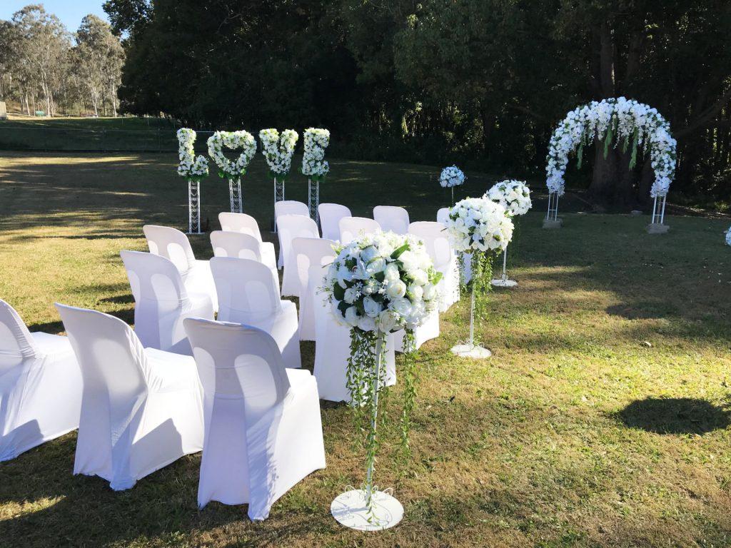 A wedding ceremony at Cedar Creek Hall by Mark Reynolds Marriage Celebrant