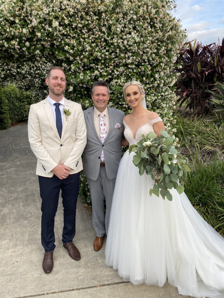 A wedding ceremony by Mark Reynolds marriage celebrant on the Gold Coast